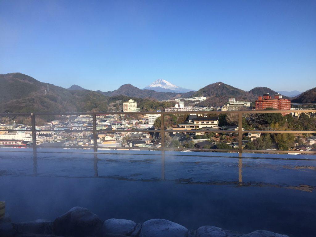 ニュー八景園の露天風呂からの眺め