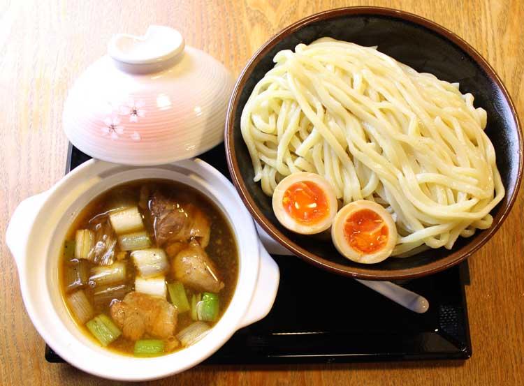 伏竜つけ麺